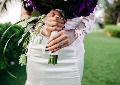 Nhu holding her wedding bouquet